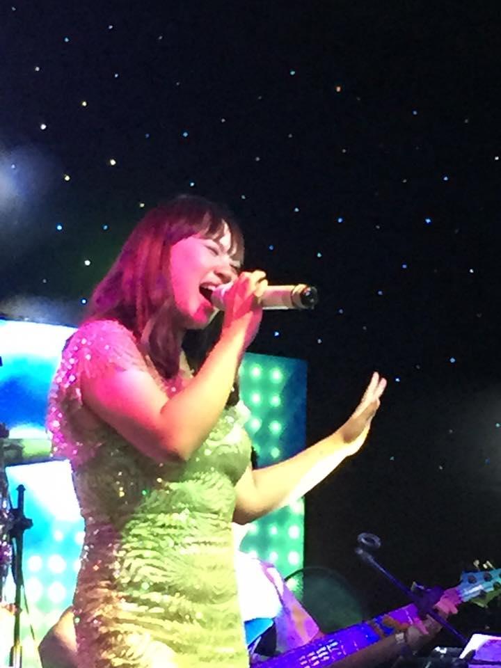 Hieu ung sao san khau Ha Long By Night 4 - HẠ LONG BY NIGHT