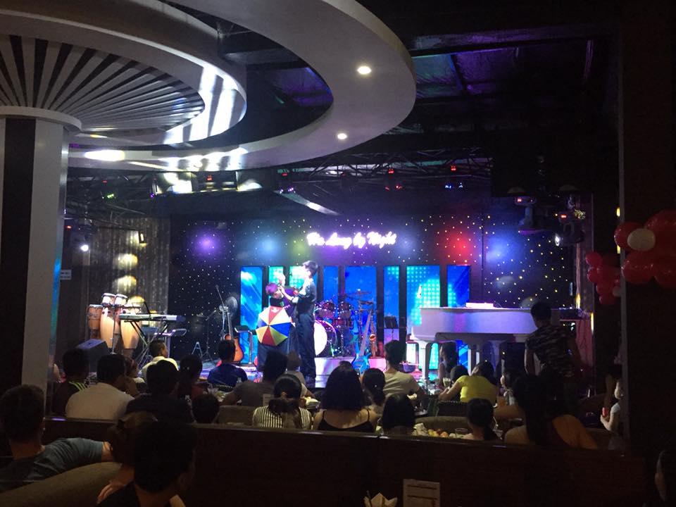 Hieu ung sao san khau Ha Long By Night 5 - HẠ LONG BY NIGHT