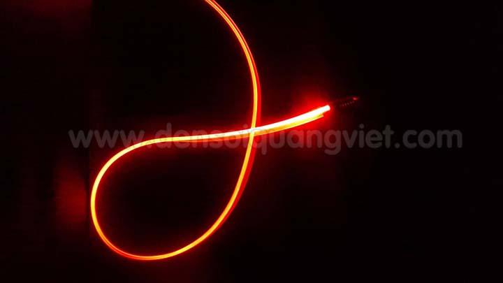 Trang tri canh cua o to 8 - NGUỒN MINI LED